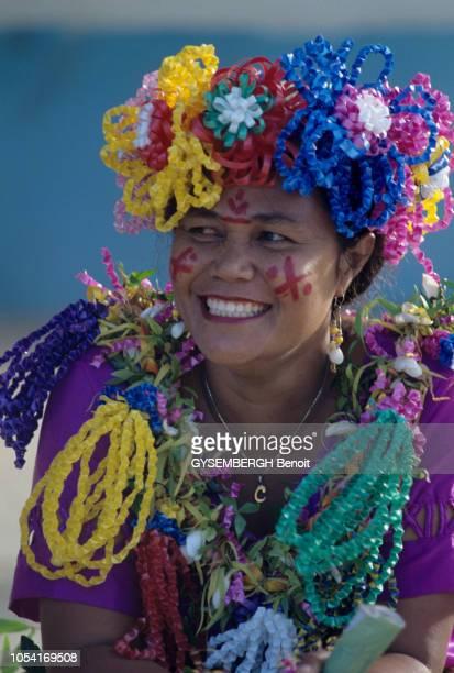 WallisetFutuna janvier 1997 WallisetFutuna territoire d'outremer français situé dans l'hémisphère sud Cérémonies avec les deux rois de Futuna