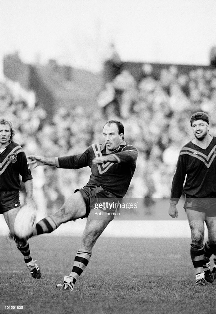 Wally Lewis of Australia in action against St Helens in a Tour match held at Knowsley Road in St Helens on 2nd November 1986. (Bob Thomas/Getty Images).