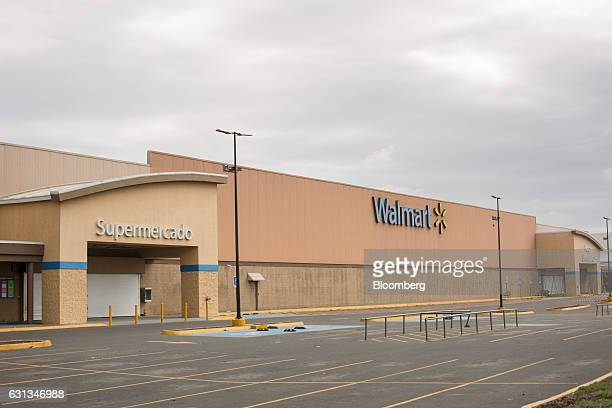A WalMart de Mexico SAB de CV stands closed after being looted during protests against the gasoline price hike in Veracruz Mexico on Saturday Jan 7...
