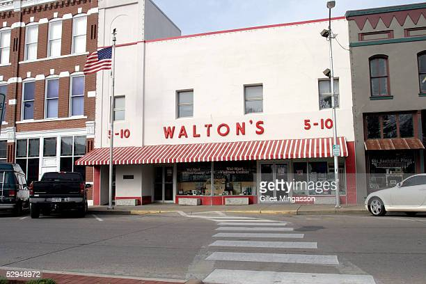 WalMart founder Sam Walton's first store opened in Bentonville has been transformed into a WalMart visitor center and museum March 15 2005 in...