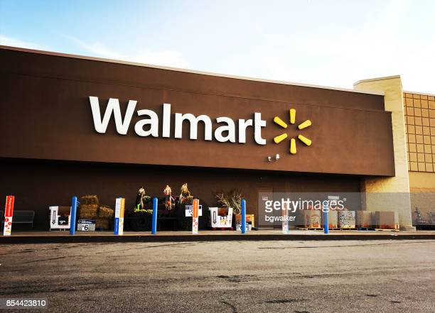 walmart supercenter in pittsburgh - wal mart stock pictures, royalty-free photos & images