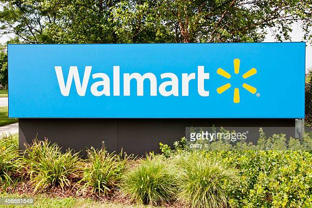 walmart supercenter sign - wal mart stock pictures, royalty-free photos & images