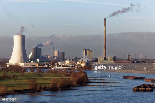 walsum power plant and voerde power plant on the rhine, duisburg, north rhine-westphalia, germany - duisburg imagens e fotografias de stock