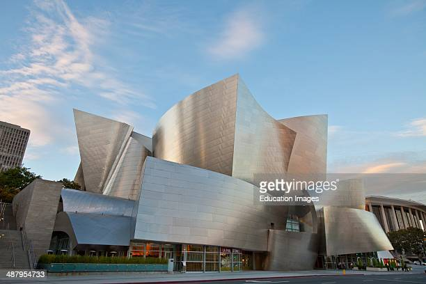 Walt Disney Concert Hall by Frank Gehry, Los Angeles Music Center, Grand Avenue, Downtown Los Angeles, California.