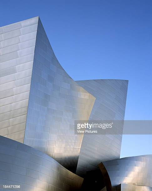 Walt Disney Concert Hall Los Angeles United States Architect Frank Gehry Walt Disney Concert Hall Portrait View Of Folds And Shapes