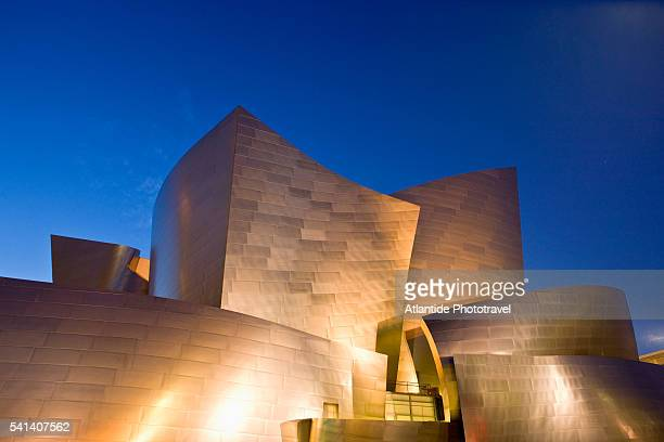walt disney concert hall - walt disney concert hall stock pictures, royalty-free photos & images