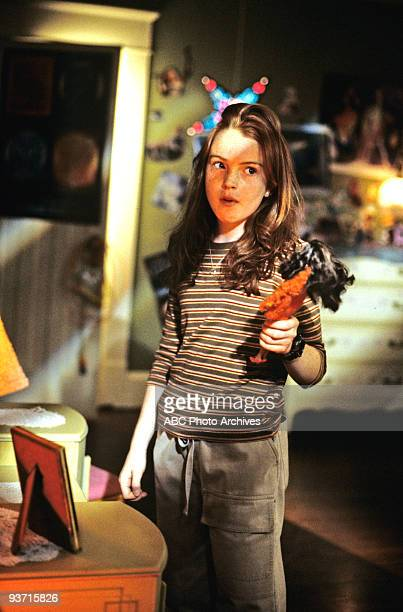 Walt Disney Television via Getty Images MOVIE FOR TV LifeSize 3/5/00 Casey Stuart accidentally brings her Eve doll to life as the Perfect Woman while...