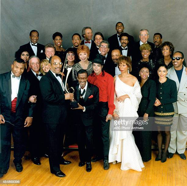 Walt Disney Television via Getty Images SPECIAL SAMMY DAVIS JR 60th ANNIVERSARY CELEBRATION Airdate February 4 1990 EARVIN 'MAGIC' JOHNSON