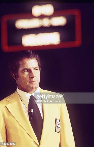 Frank Gifford at the NFL game between the Pittsburgh Steelers vs the Los Angeles RamsMandatory credit ABC