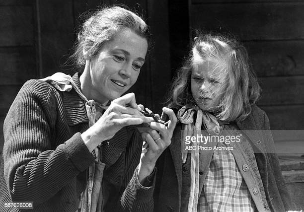 THE DOLLMAKER Walt Disney Television via Getty Images Theater TV Movie Airdate May 13 1984 CRESWELL