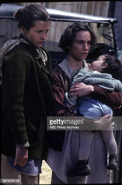THE DOLLMAKER Walt Disney Television via Getty Images Theater TV Movie Airdate May 13 1984 EXTRA