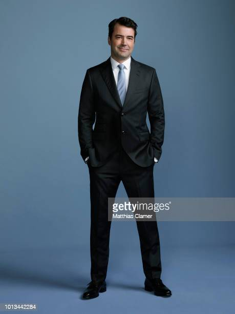 THINGS Walt Disney Television via Getty Images's A Million Little Things stars Ron Livingston as Jon
