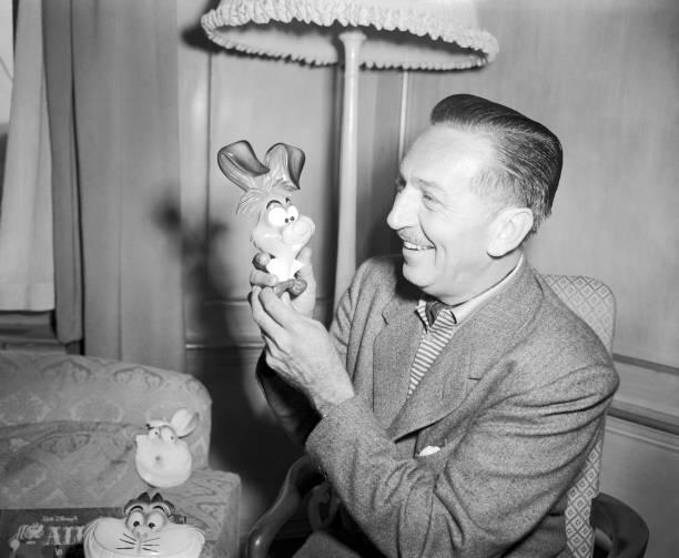GBR: 26th July 1951 - Walt Disney's Animated Film 'Alice In Wonderland' Premieres