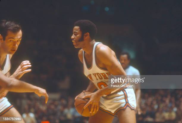Walt Frazier of the New York Knicks in action during an NBA basketball game circa 1978 at Madison Square Garden in the Manhattan borough of New York...