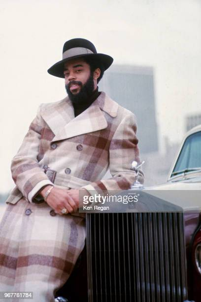 Walt Frazier of the New York Knicks poses for a photo circa 1972 in New York City, New York. NOTE TO USER: User expressly acknowledges and agrees...