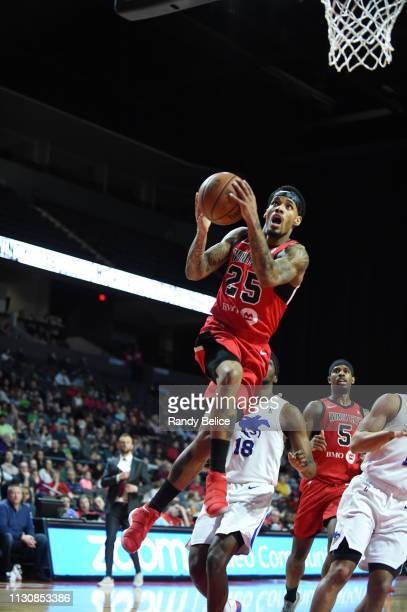 Walt Lemon Jr #25 of the Windy City Bulls goes to the basket past Shake Milton of the Delaware Blue Coats during an NBA GLeague game on March 15 2019...