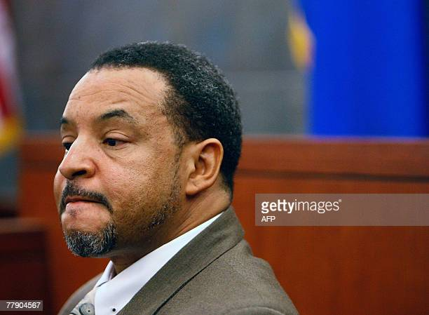 Walter Alexander one of the OJ Simpson robbery case codefendants who plead guilty to reduced charges testifies in court during Simpson's preliminary...