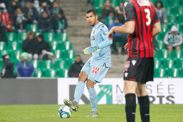 Championnat de France de football LIGUE 1 2018-2019-2020 - Page 33 Walter-benitez-of-nice-during-the-ligue-1-match-between-as-and-ogc-picture-id1186501863?k=6&m=1186501863&s=612x612&w=0&h=OzPCHBO310zHuVX19OvmgfCHwm9TgPQc3q-W1yembwY=