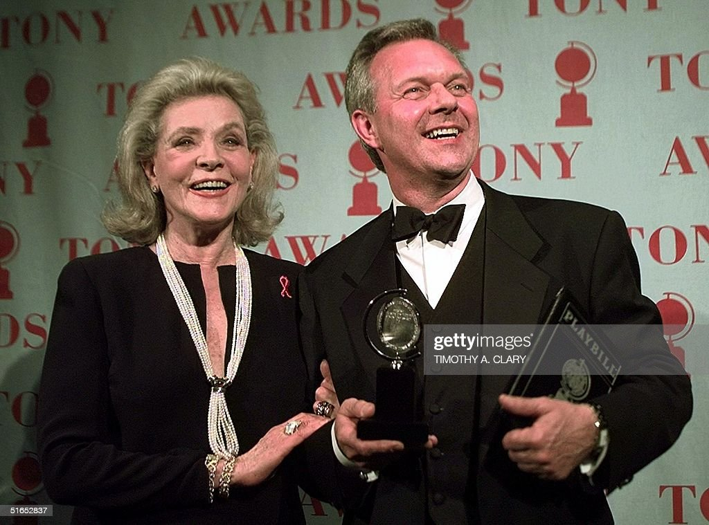 Walter Bobbie poses with his Tony Award for Best D : News Photo