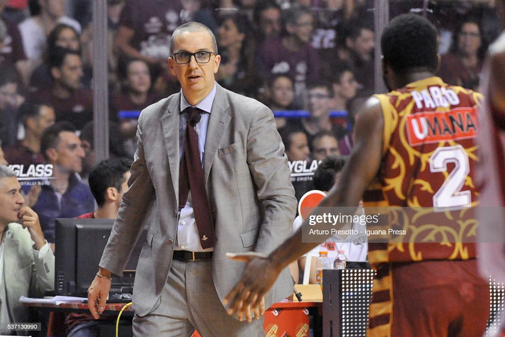 Walter De Raffaele head coach of Umana talks over with Jeremy Pargo during the LegaBsaket Serie A match between Reyer Umana Venezia and EA7 Emporio Armani Olimpia Milano at Palasport Taliercio on May 29, 2016 in Mestre, Italy.