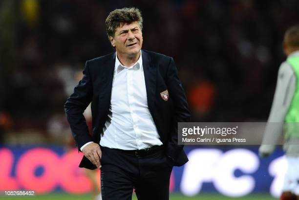 Walter Mazzarri head coach of Torino FC looks on at the end of the Serie A match between Bologna FC and Torino FC at Stadio Renato Dall'Ara on...