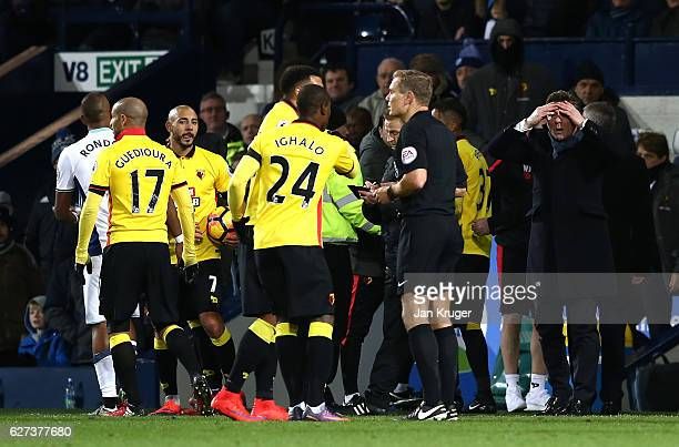 Walter Mazzarri Manager of Watford reacts after Roberto Pereyra was sent off during the Premier League match between West Bromwich Albion and Watford...