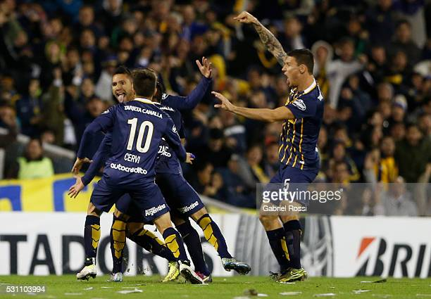 Walter Montoya of Rosario Central celebrates the first goal of his team during a first leg match between Rosario Central and Atletico Nacional as...