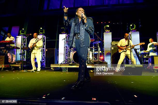 Walter Orange of The Commodores performs at the United Talent Agency Party during day 2 of the IEBA 2016 Conference on October 10 2016 in Nashville...