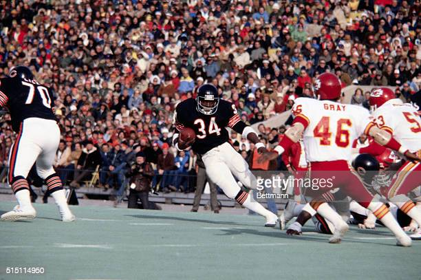 Walter Payton of the Chicago Bears exceeds the 1,000 yard rushing mark against the Kansas City Chiefs.