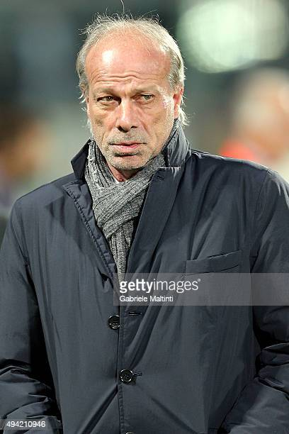 Walter Sabatini general manager of AS Roma during the Serie A match between ACF Fiorentina and AS Roma at Stadio Artemio Franchi on October 25 2015...