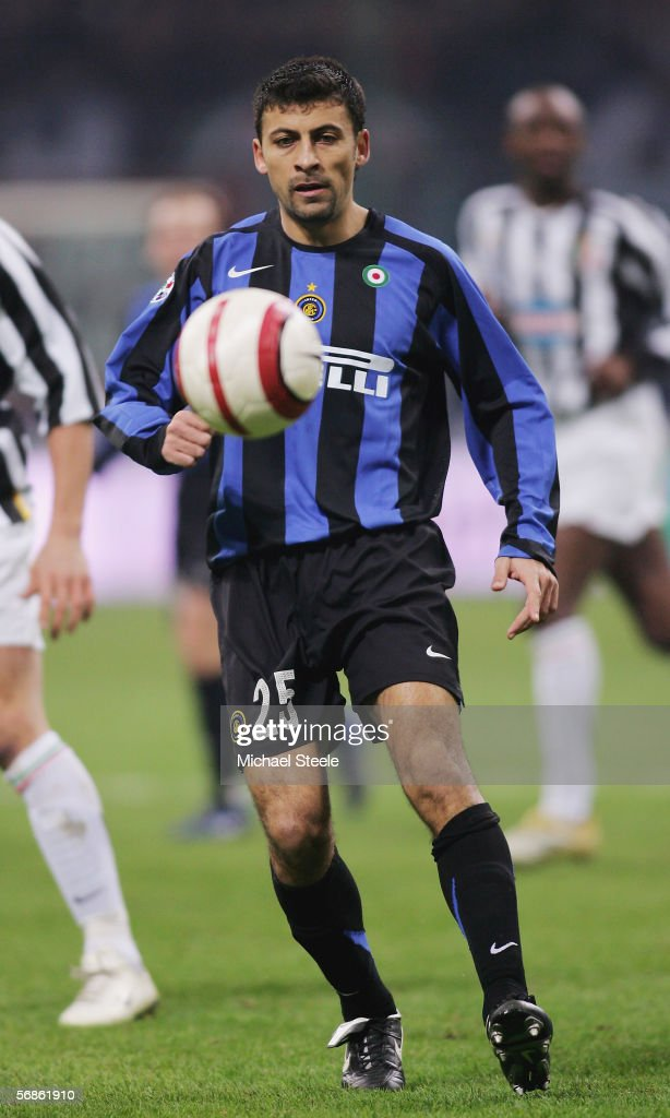 Walter Samuel of Inter Milan in action during the Serie A match between Inter Milan and Juventus at the Stadio San Siro on February 12, 2006 in Milan, Italy.