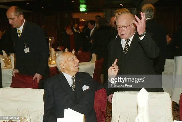 Walter Scheel Und Norbert Blüm Beim Konzert Zum 80 Geburtstag Von Vicco_Von_Bülow In Der Deutschen Oper In Berlin Am 201103