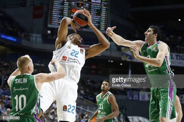 Walter Tavares #22 of Real Madrid in action during the 2017/2018 Turkish Airlines EuroLeague Regular Season Round 8 game between Real Madrid and...