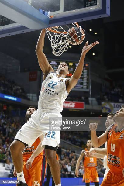 Walter Tavares #22 of Real Madrid in action during the 2017/2018 Turkish Airlines EuroLeague Regular Season Round 13 game between Real Madrid and...
