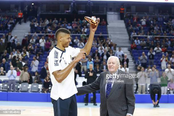 Walter Tavares #22 of Real Madrid receives the October Euroleague MVP before the 2018/2019 Turkish Airlines EuroLeague Regular Season Round 7 game...