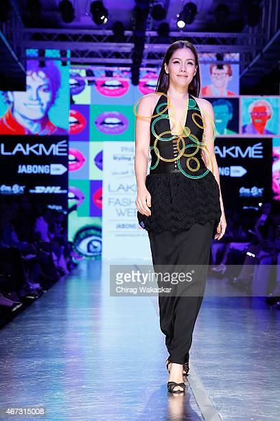 Waluscha D'Souza walks the runway during the Philips Presents Wendell Rodricks show on day 5 of Lakme Fashion Week Summer/Resort 2015 at Palladium...