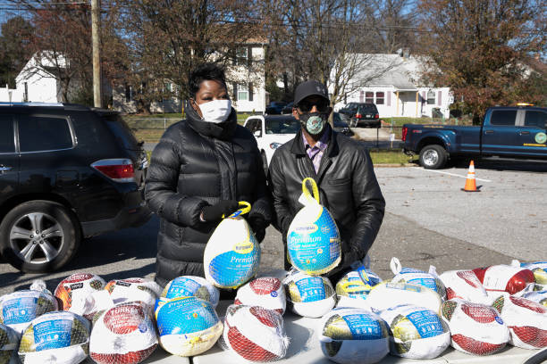MD: Wanda Durant & Kevin Durant Charity Foundation Thanksgiving Food Giveaway