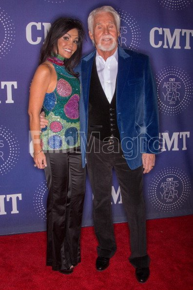 Wanda Miller And Kenny Rogers Attend The Cmt Artist Of The Year Awards Filmmagic 157487157