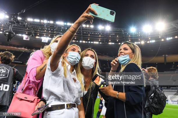 Wanda NARA Camila GALANTE Jorgelina CARDOSO take a selfie after the French Cup Final soccer match between Paris Saint Germain and Saint Etienne at...