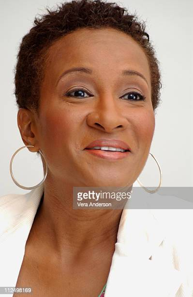 Wanda Sykes during 'MonsterinLaw' Press Conference with Jennifer Lopez Jane Fonda Michael Vartan and Wanda Sykes at Four Season Hotel in Beverly...