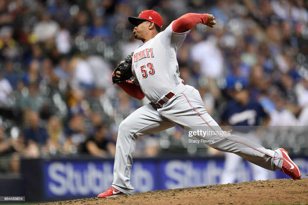Wandy Peralta #53 of the Cincinnati Reds throws a pitch during the seventh inning of a game against the Milwaukee Brewers at Miller Park on September 26, 2017 in Milwaukee, Wisconsin.