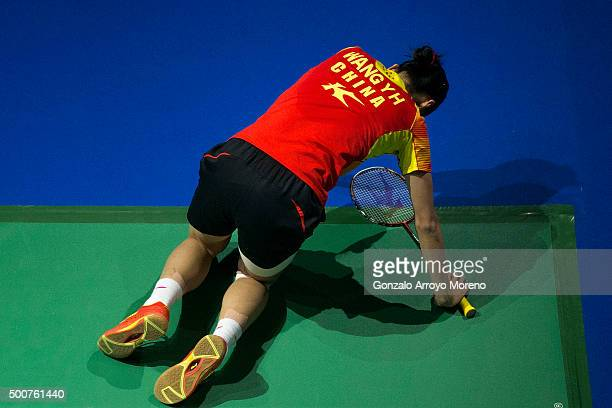 Wang Shixian of China reacts in the Womens Singles match agianst Ratchanok Intanon of Thailanda during day two of the BWF Dubai World Superseries...