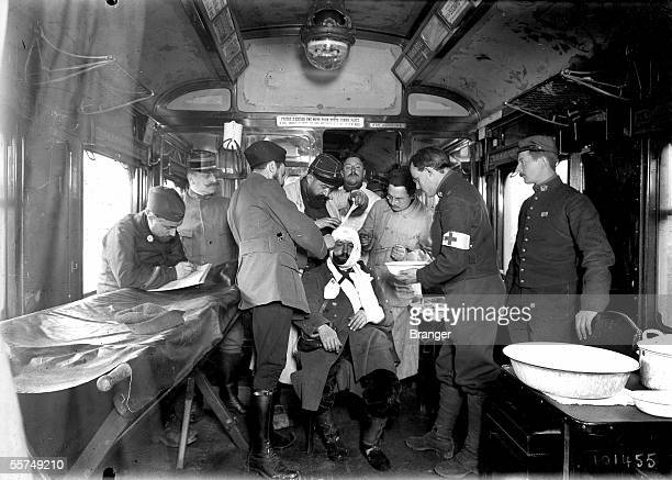 War 19141918 Inside of an operating room in a hospital train Maintenon on 1915 BRA101455