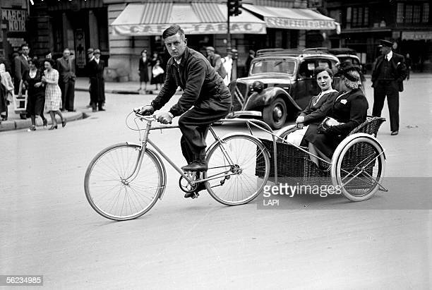 War 1939-1945. Cycle-taxi in Paris.