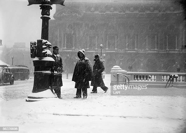 War 19391945 Paris the Opera place under the snow