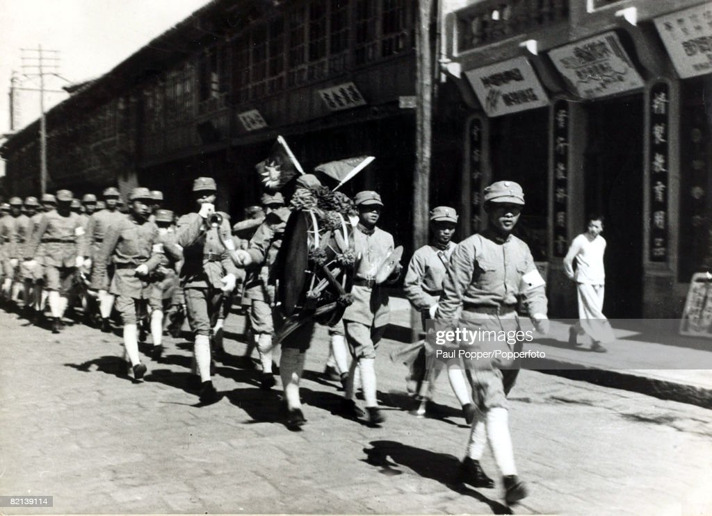 the chinese civil war and its effect on the equality of the classes in society during the period of  The taiping rebellion, also known as the taiping civil war or the taiping revolution, was a massive rebellion or total civil war in china that was waged from 1850 to 1864 between the established manchu-led qing dynasty and the taiping heavenly kingdom under hong xiuquan.