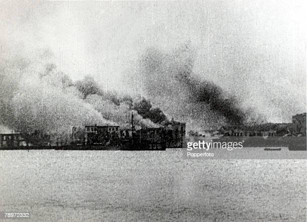 War and Conflict GreeceTurkey War 19211922 pic circa 1922 The predominately Greek city of Smyrna is set ablaze by the victorious Turkish troops of...