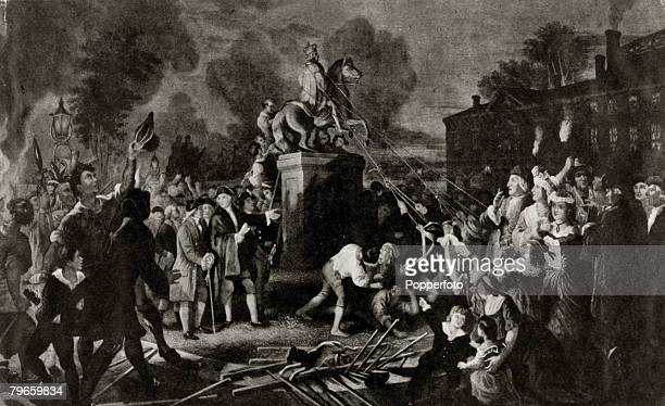 War and Conflict Illustration American War of Independence The tearing down of the statue of King George III on Bowling Green New York to celebrate...