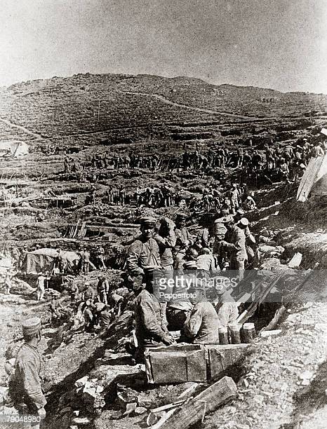 War and Conflict RussoJapanese War 19041905 Japanese troops building a trench during the siege of Port Arthur in 1904 The war between Russia and...
