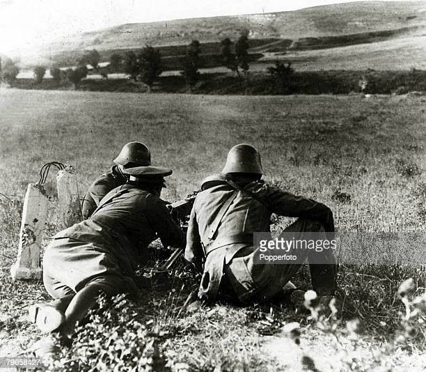 War and Conflict Spanish Civil War pic 1936 Patriot machinegunners operating in the Irun sector of Northern Spain With what started as a military...